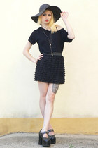black vintage skirt - black New Yorker top - black Demonia heels