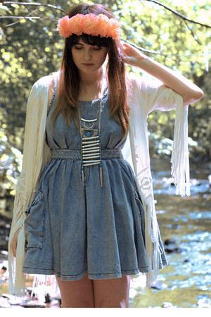 silver tribal Primark necklace - sky blue denim Topshop dress