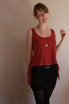 brick red crop tie-detail new look vest - black bodycon Miss Selfridge skirt
