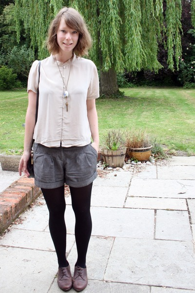 new look shoes - vintage bag - Topshop shorts - pomander thrifted necklace