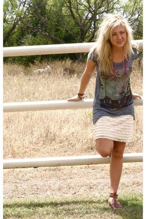 Chaser LA t-shirt - Express skirt - Dolce Vita shoes - vintage necklace