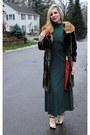 Black-dsw-shoes-forest-green-vintage-dress-light-brown-vintage-coat