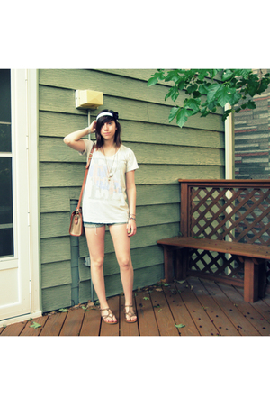 Ragstock t-shirt - shorts - secondhand dooney & bourke purse - Aldo - DIY
