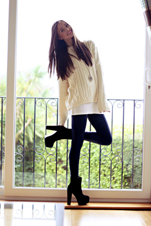 black OASAP boots - navy American Apparel leggings - cream Monki jumper