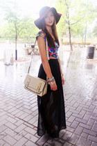 black maxi Urban Planet skirt - maroon floppy Forever 21 hat