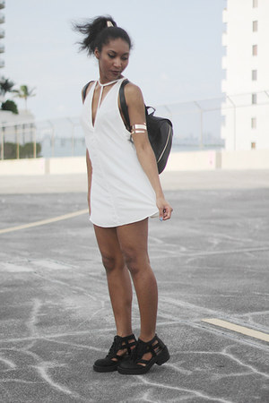 black Jeffrey Campbell boots - ivory Nasty Gal dress - black Nasty Gal bag