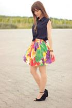 red floral print Temt skirt - navy crop top romwe shirt - black Bershka wedges