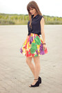 Navy-crop-top-romwe-shirt-black-bershka-wedges-red-floral-print-temt-skirt
