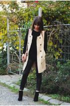 cream OASAP vest - black romwe sweater - Stradivarius leggings - cream Guess bag