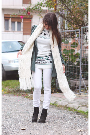 white OASAP sweater - dark green romwe boots - sammydress coat