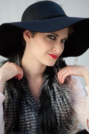 black wool and felt Target hat - maroon faux leather jacket - maroon