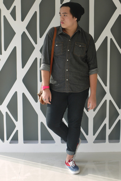 2 tone Vans sneakers - Forever 21 jacket - charcoal gray button up SM shirt