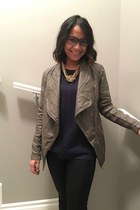 faux leather Urban Outfitters jacket - Tea Label accessories - Dalia sweatshirt