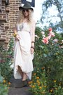 Olive-green-topshop-boots-ivory-forever-21-dress