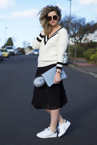 white cricket jumper OASAP jumper - sky blue clutch Miss Selfridge bag
