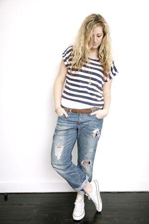 H&M jeans - Primark t-shirt - Converse shoes