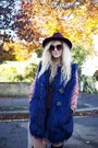 Black-peacocks-boots-red-river-island-dress-navy-fur-gilet-boohoo-vest