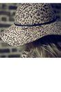 Brown-vintage-blouse-beige-vintage-coat-black-h-m-leggings-black-zara-boot