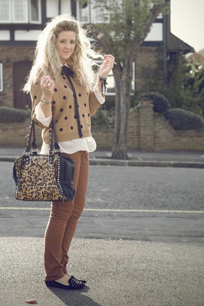 camel polka dot Primark sweater - bronze Primark jeans