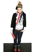 vintage scarf - Newlook sweater - Primark jeans - Newlook shoes - vintage clutch