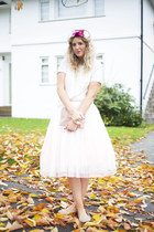 white sequined Glamorous t-shirt - white tutu Boohoo skirt