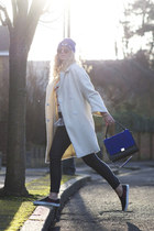 blue beanie H&M hat - white oversized Topshop coat