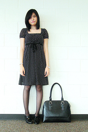 merona dress - Hanes tights - thrifted shoes - merona accessories - City Walk br