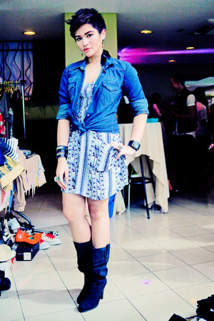 navy denim Zara blouse - black Zara boots - blue cotton on dress