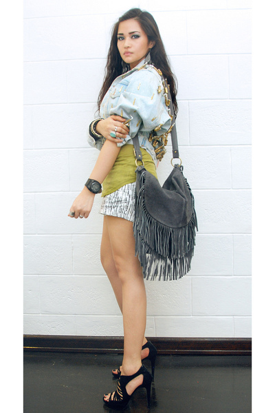 Spanish Moss Vintage jacket - Zara top - volcom shorts - Topshop - Zara shoes -