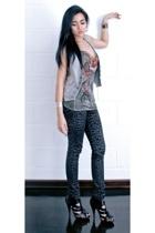 Hot Topic pants - Mango vest - Guess top - Topshop shoes