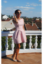 Zara dress - moms sunglasses - new look flats