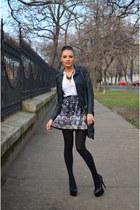 Stradivarius skirt - Zara jacket - Bershka shirt - Stradivarius necklace