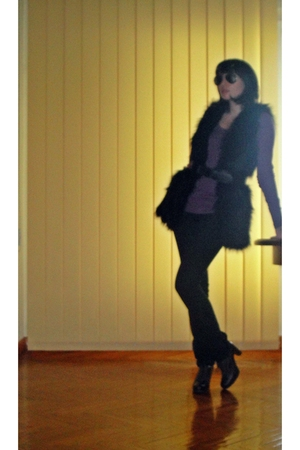 black Mango vest - Mango belt - brown shoes - purple Esprit sweater - black Ray
