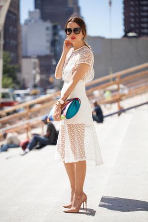 Andrea Ayala dress - Jacqueline Suriano bag - Prada sunglasses