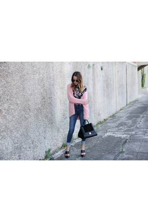 bubble gum Only sweater - Vero Moda jeans - Only blouse