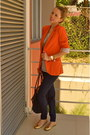 Carrot-orange-stradivarius-blazer-navy-long-champ-bag-navy-bershka-pants