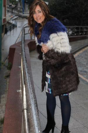 blue coat coat