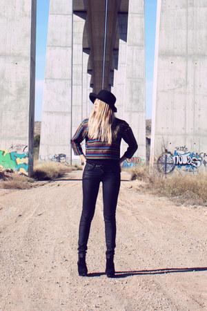 RaquelZorraquin top - H&M jeans