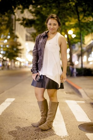 black flouncy leather Express skirt - tan faux suede Target boots
