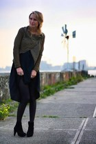 army green Muubaa jacket - black Vero Moda dress