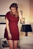 brick red AXPAris dress