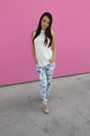 white collared brandy melville top - Nordstrom jeans