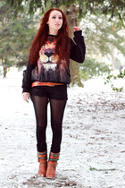 black lion print sweater - tawny boots - black shredded shorts - tawny belt