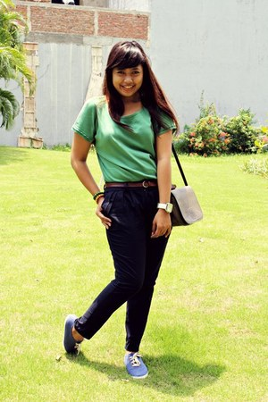 olive green sogo blouse - navy Zara pants