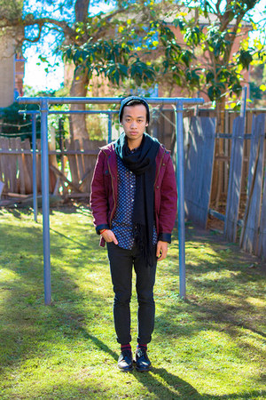 maroon roger david jacket - black classic 1462 Dr Martens shoes