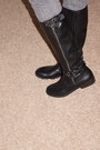 R2-report-boots-f21-jeans-mossimo-sweater