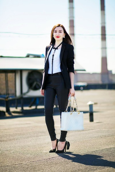 black leather Zara jacket - white leather Chanel bag - white cotton H&M t-shirt