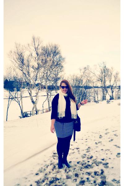 black cableknit Joe Fresh sweater - black We Love Colors tights - white scarf