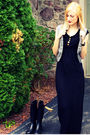 Gray-delias-vest-black-h-m-dress-black-aldo-shoes