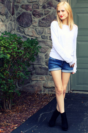 silver H&M sweater - blue Delias shorts - black Bamboo shoes